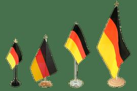 Tischflaggen und Tischfahnen