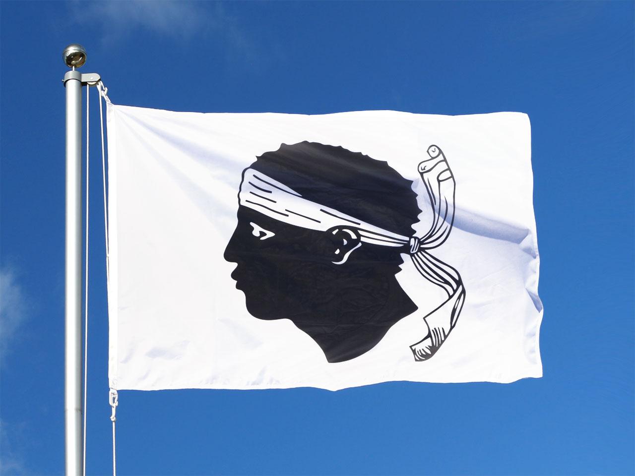 drapeau corse acheter drapeau corse pas cher m des drapeaux. Black Bedroom Furniture Sets. Home Design Ideas