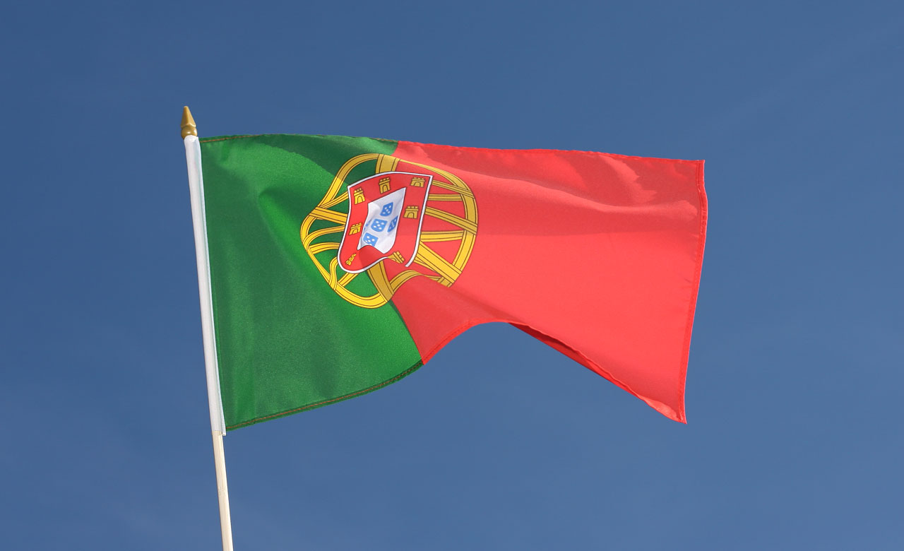 drapeau sur hampe portugal 30 x 45 cm agiter. Black Bedroom Furniture Sets. Home Design Ideas