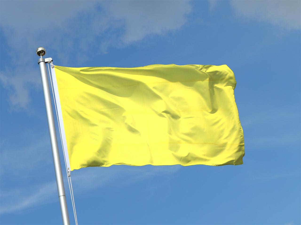 Gelbe Flagge - Gelbe Fahne kaufen - FlaggenPlatz Shop