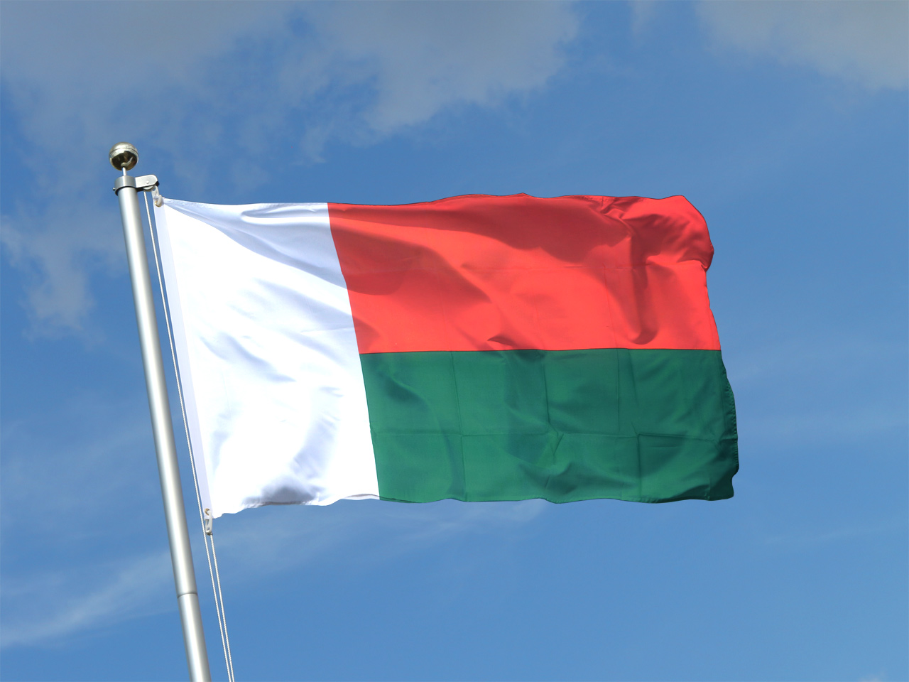 Madagascar X Ft Flag X Cm RoyalFlags - Madagascar flag