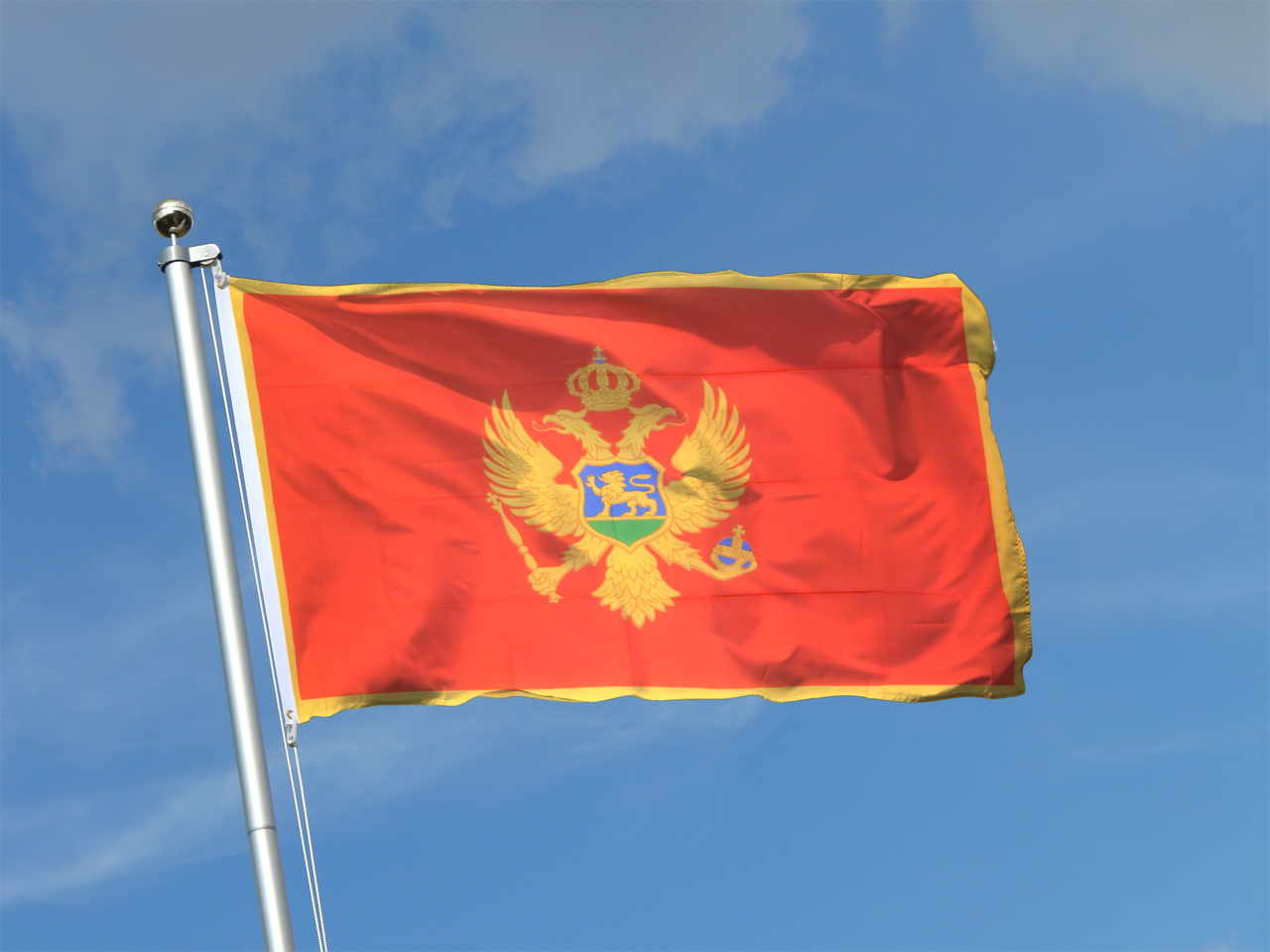 Флаг черногории фото море