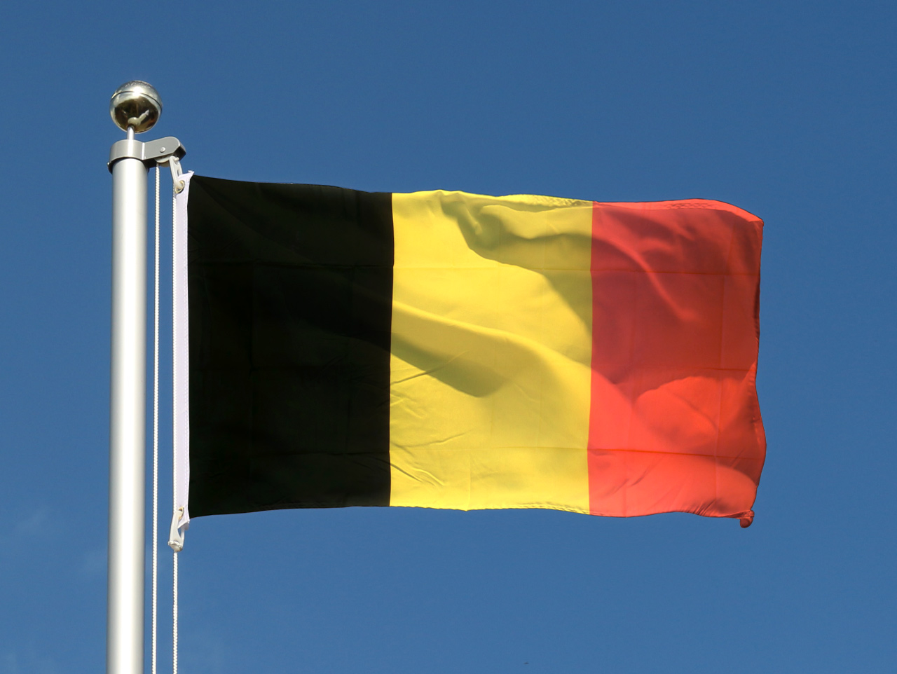 Drapeau belge pas cher 60 x 90 cm m des drapeaux - Tv pas cher belgique ...