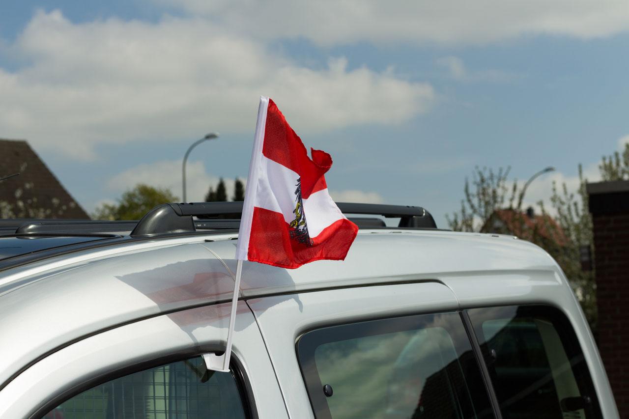 drapeau de voiture autriche avec aigle monsieur des drapeaux. Black Bedroom Furniture Sets. Home Design Ideas