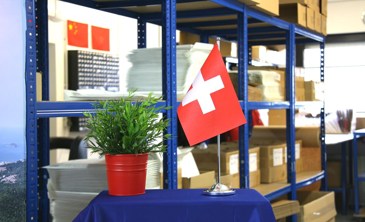 Tischflagge Tischfahne Schweiz 15 x 22 cm