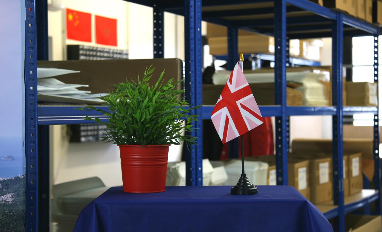 Table flag union jack pink royal flags for Decoration murale union jack