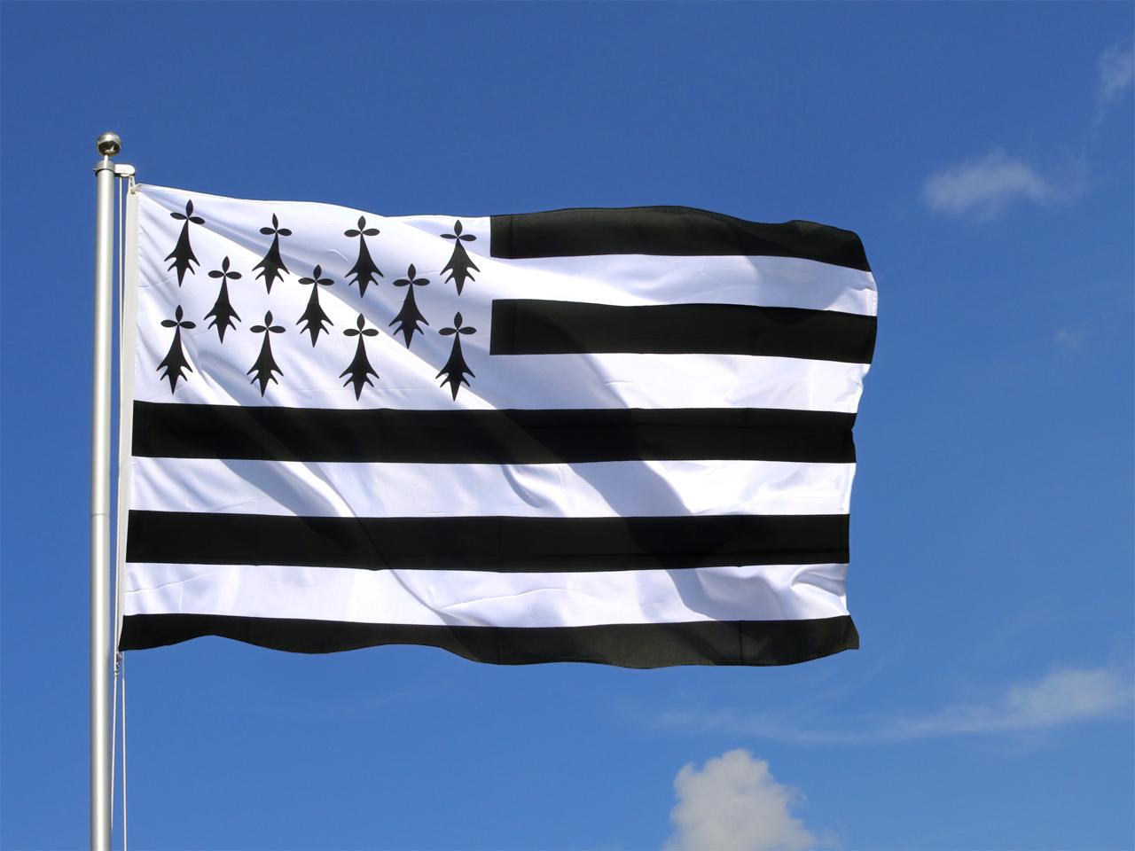 Marshall Islands Micronesia n 7132566 likewise Seychelles further MAJURO MARSHALL ISLANDS 492 as well Large Brittany Flag 6302 further Syria Hand Waving Flag 1495. on marshall islands