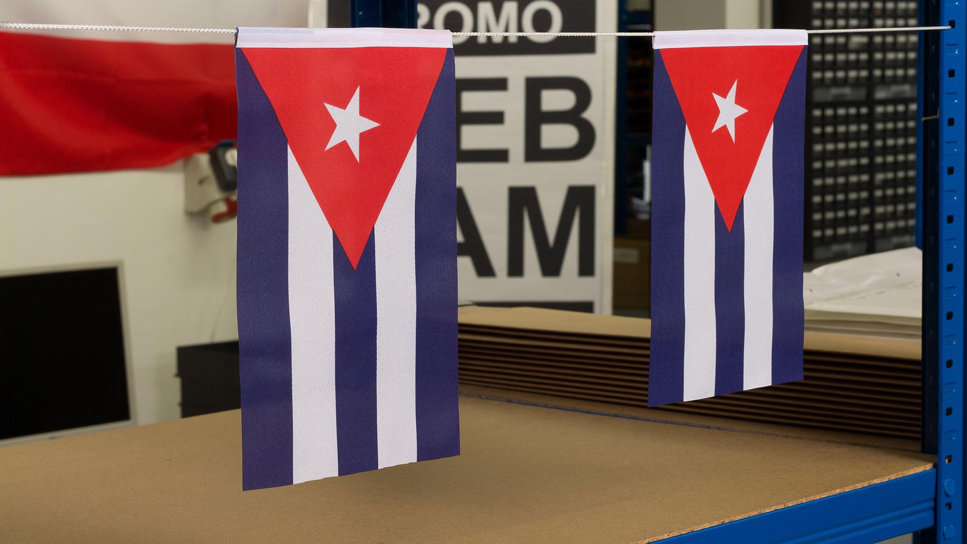Kuba minifahne 15 x 22 cm flaggenplatz Kuba dekoration
